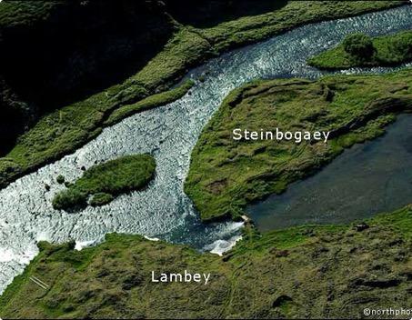 Helluvað - Steinbogaey